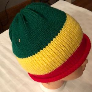 # 1059 NWOT Jamaican hand knitted hat